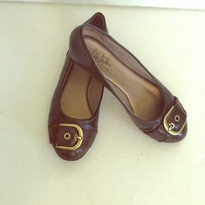 Life Stride Soft System Brown Flats